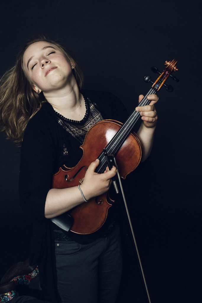 Claudia Zimmermann - Viola