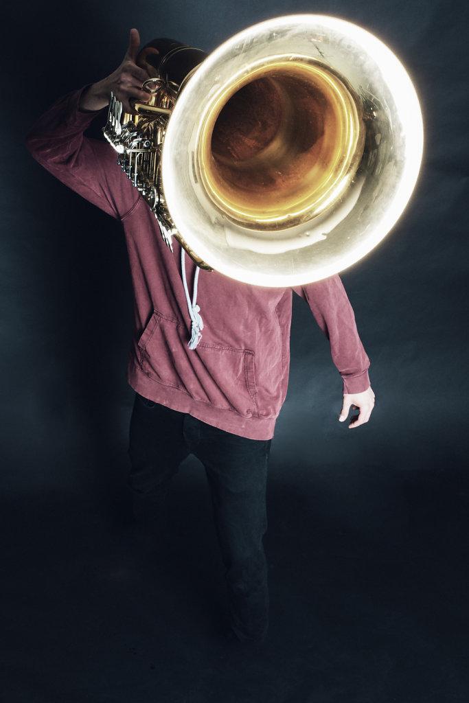 Jonas Urbat - Tuba